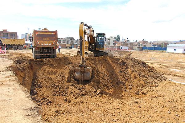 Foto 17. Excavaci¢n Masiva 1